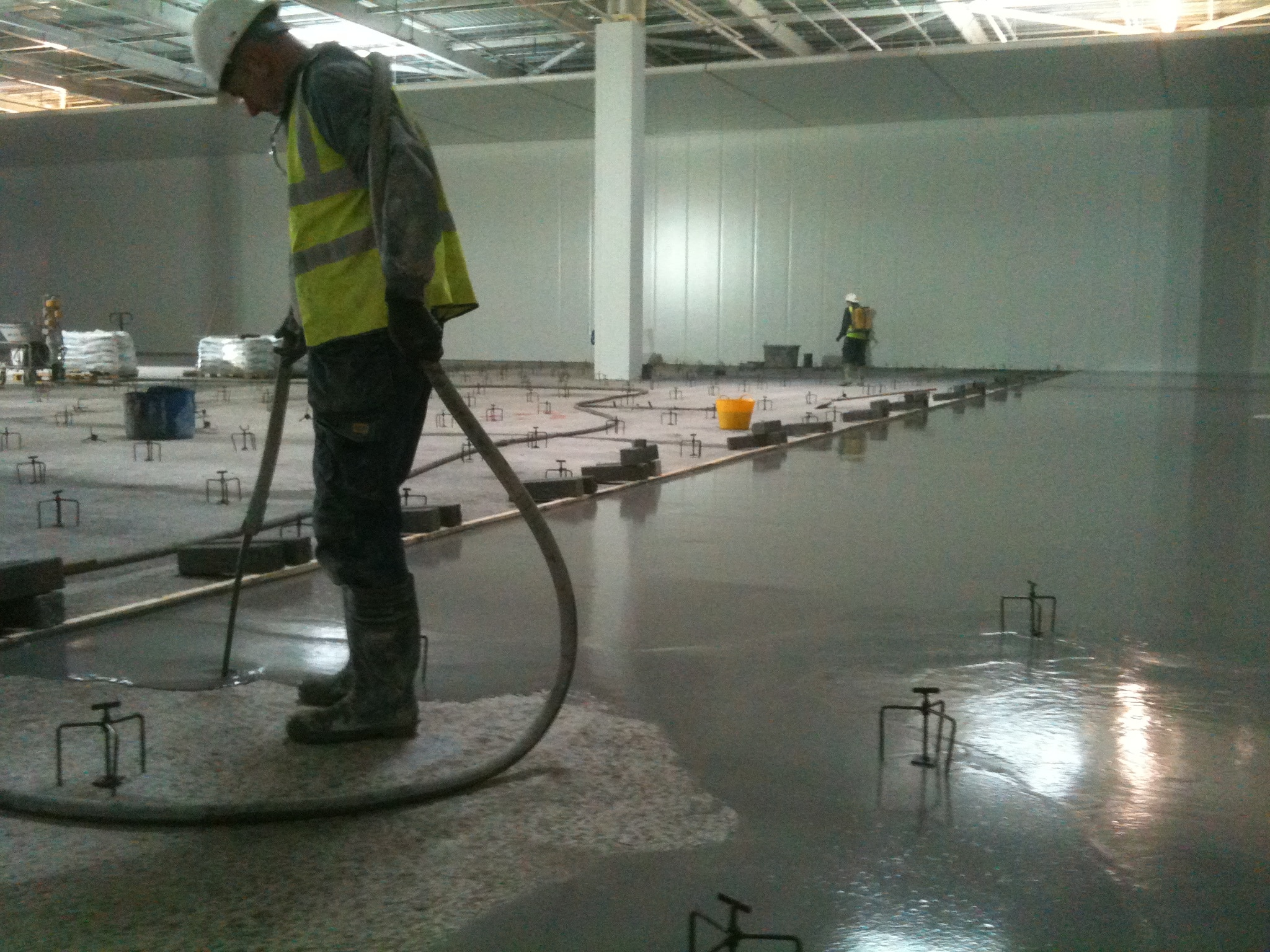 Self Leveling Screed : Fast floor screed new solutions for
