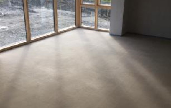 Self Leveling Screed : Sudanit alpha hemihydrate screed fast floor