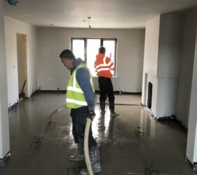 Castleoaks_JC Brenco_alpha hemihydrate over UFH_Fast Floor with Mobile Screed Factory